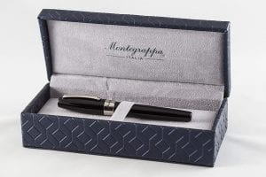 Montegrappa Fortuna inside box